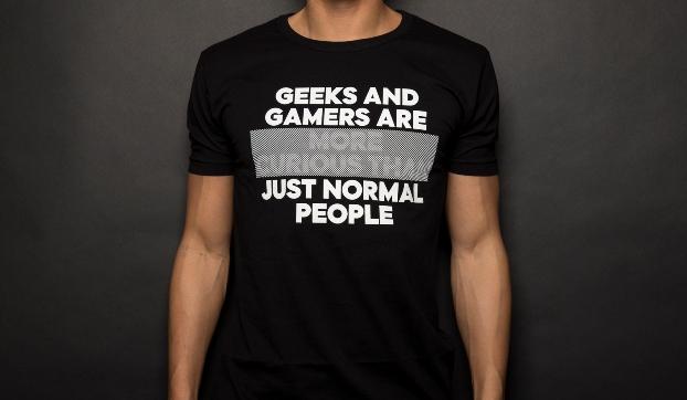 t-shirt geek tendance
