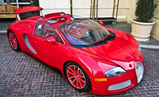 Bugatti veyron red edition