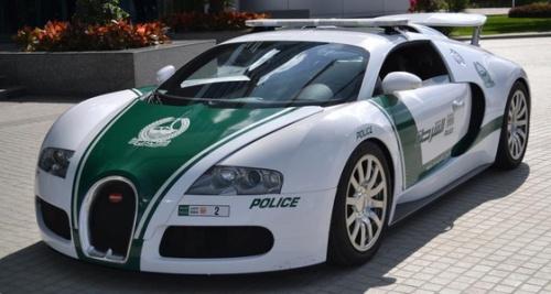 Bugatti Veyron W16 avec 4 turbocompresseurs pour 1 001ch 1 185 000€
