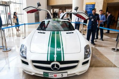 Mercedes Benz SLS AMG V8 de 571ch 199 000€