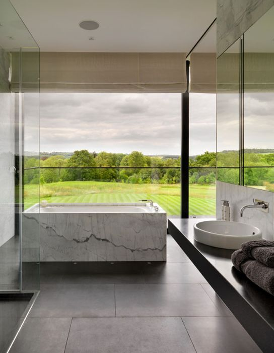 Bathrooms-with-Views-39-1-Kindesign_resultat