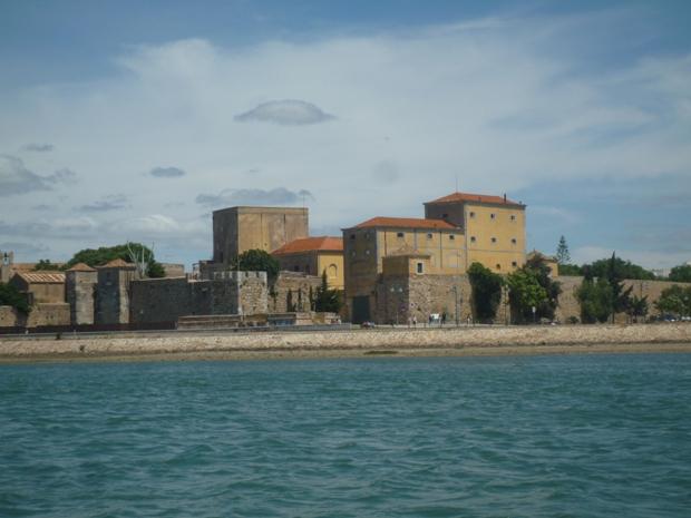 A la découverte de Ria de Formosa avec une vue sur les remparts