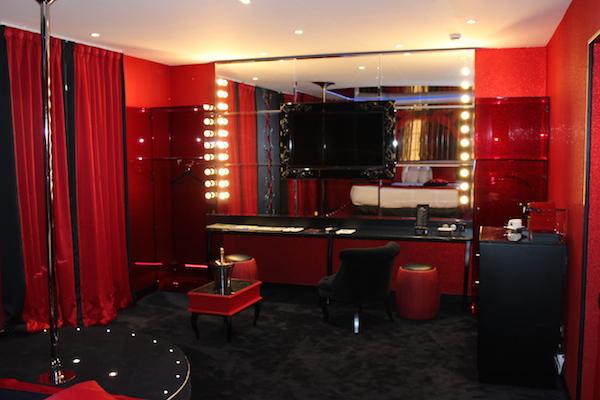 hotel seven sexy