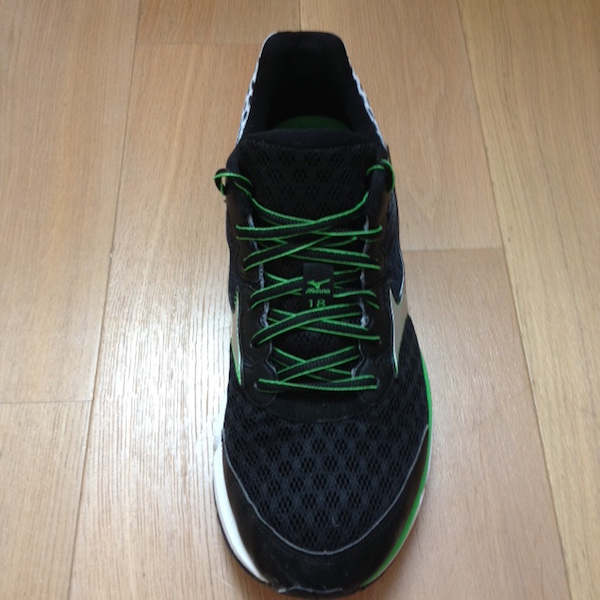 WAVE RIDER 18 mizuno face