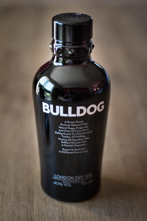 gin bulldog bouteille