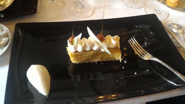 cremant de Savoie au Grand vefour dessert 2