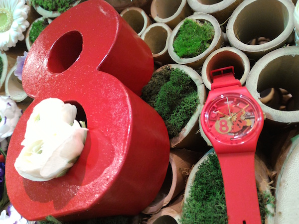 montre swatch collection printemps été 2016 Eight for luck - collection Floralia