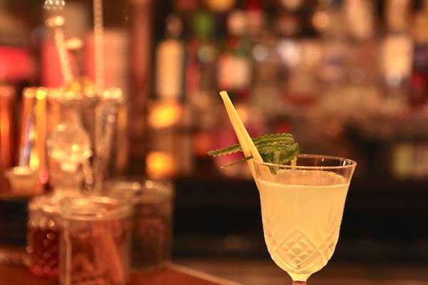 Spicy Home Paris bar à cocktails verre