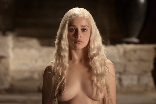 actrice serie sexy Emilia-Clarke daenerys-Nue seins game of thrones