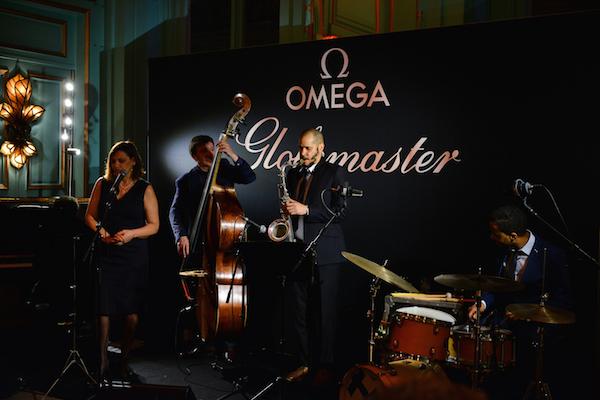 Omega Globemaster musique