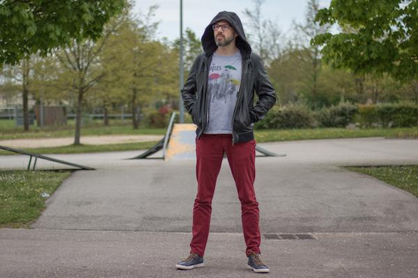 Comment porter un pantalon rouge homme sport