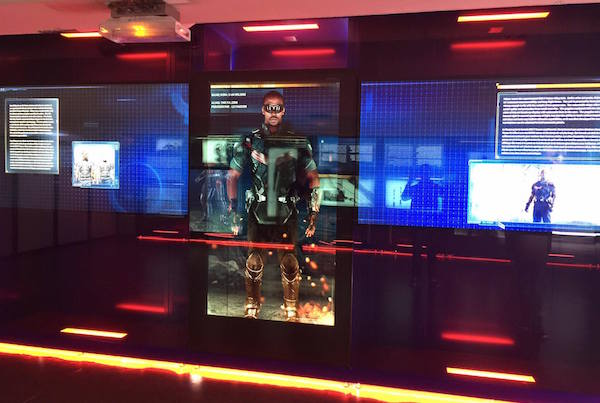 avengers-station-exposition faucon
