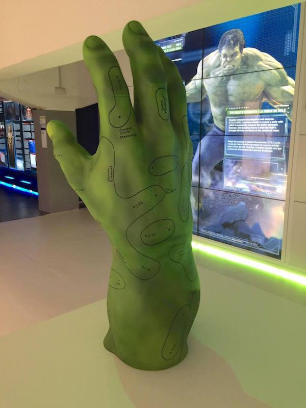 avengers-station-exposition mian hulk