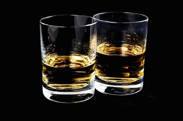 Je suis une legende livre film whisky