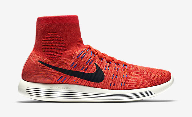 chaussure chaussette integree NIKE-FLYKNIT-LUNAREPIC