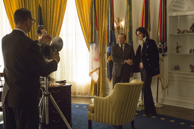 elvis et nixon critique film test