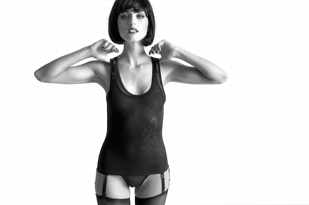 lingerie mise a nu maison close sexy debadeur body