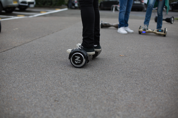 test-hoverboard-newshoot-juliette-step-2