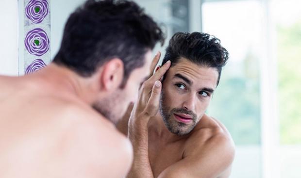 cheveux-fins-homme-donner-volume-shampoing-volumateur