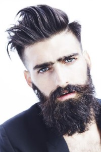 comment-avoir-une-belle-grosse-barbe-hipster-temps-de-pousse