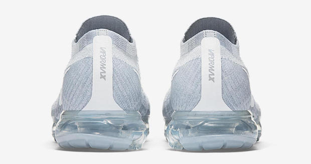Nike Air VaporMax Pure Platinum basket