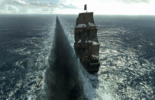 critique Pirates des Caraibes la vengeance de Salazar film bateau