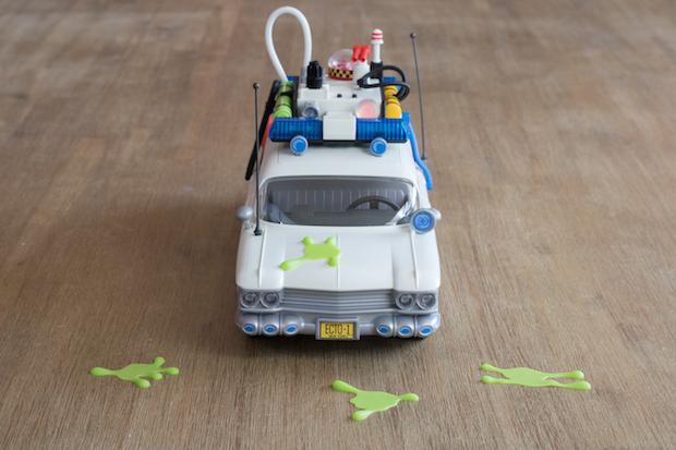 playmobil ghostbuster sos fantomes ecto 1 face