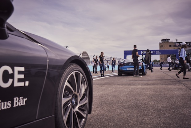 Harman Kardon BMW i8 test