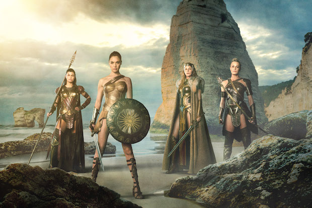 critique wonder woman film amazone