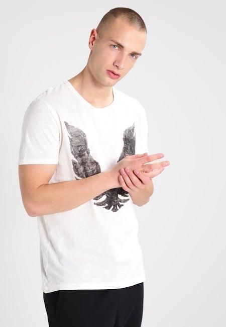 vetement en lin homme t shirt boss