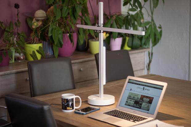 Lampe de bureau Dyson CSYS : Test & avis