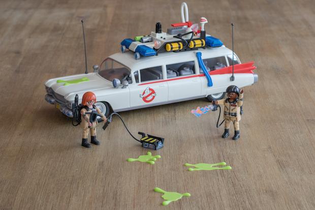 playmobil ghostbuster sos fantomes ecto 1