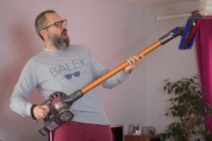 test aspirateur dyson v8 absolute sans sac top