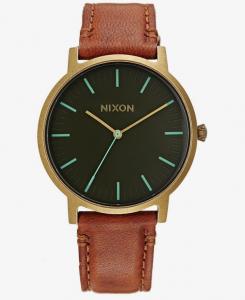 Selection des meilleures montres homme en solde Nixon
