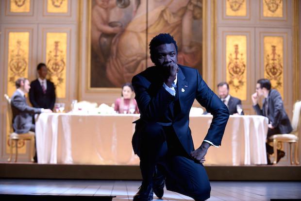 Une nouvelle adaptation de Macbeth au Théâtre de l'Odéon, froide et engourdie
