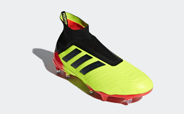 Adidas Primeknit football