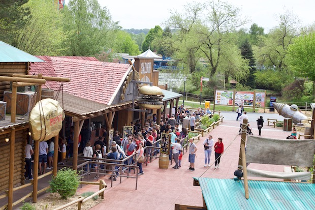 parc walibi rhone alpes restaurant