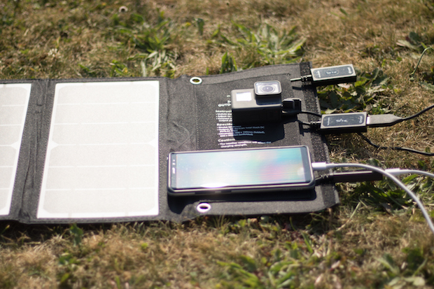 chargeur solaire usb test avis gopro smartphone