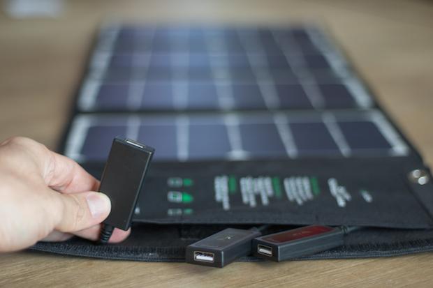 chargeur solaire usb test avis prise