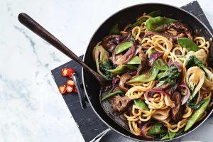 cuisine wok comment pourquoi choisir le meilleur wok blog cuisine