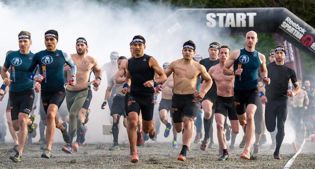 idee enterrement vie garcon spartan race