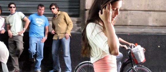 aborder une femme dans la rue