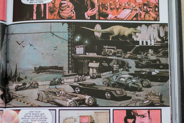 avis batman white knight batmobile