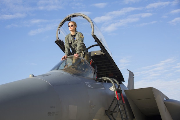 critique captain marvel avion