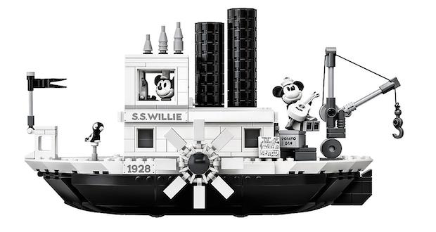 bateau mickey lego noir et blanc steamboat willie