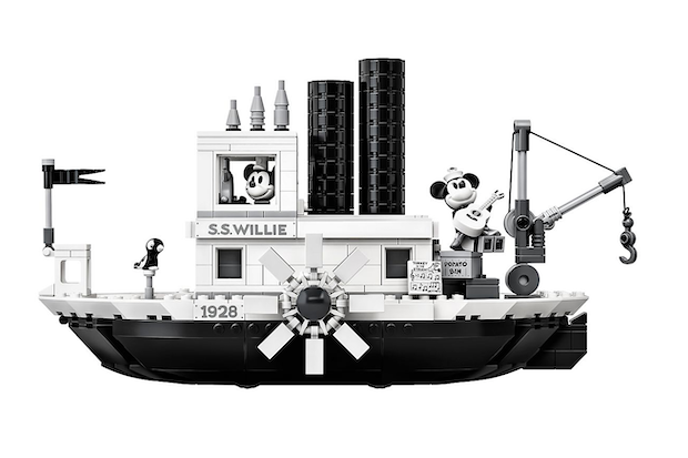 LEGO Steamboat Willie, Mickey sur son bateau !