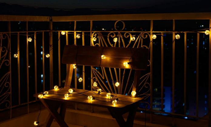 balcon amenagement lumiere guirlande