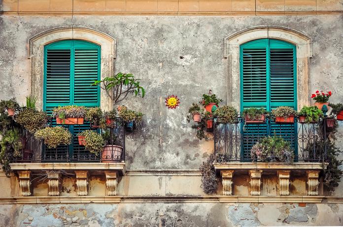 balcon amenagement fleurs plantes