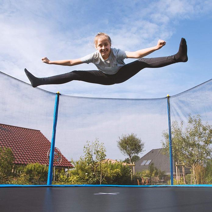 activite enfant adolescent maison exterieur trampoline