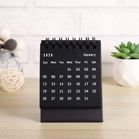 objets-teletravail-calendrier-bureau